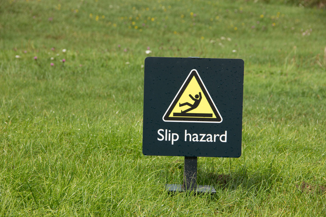 slip-hazard-1244060-639x426